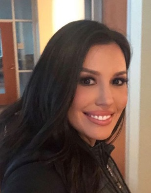 Leslie Lopez Bio, Wiki, Age, Husband, Son, Relation with