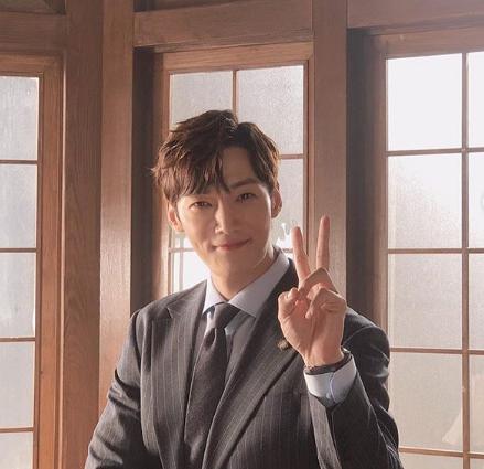 Choi Jin hyuk dating 2015 Dating studie 2014