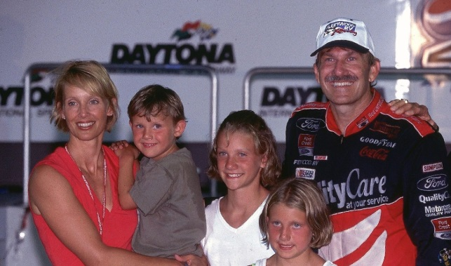 Dale Jarrett Wiki, Bio, Age, Ex-wife, Children, Net Worth, Race, and ESPN