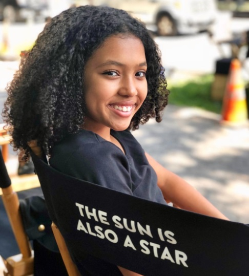 Anais Lee Wiki, Bio, Age, Dating, Twin sister, Latest movies and Instagram