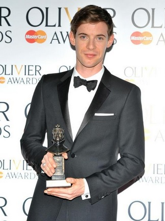 Luke Treadaway Bio, Age, Career, Girlfriend, Net Worth, Awards, Physique